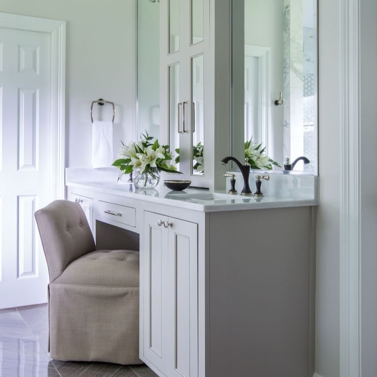 This Bathroom Renovation Is Full of Clever, Space-Saving Tricks