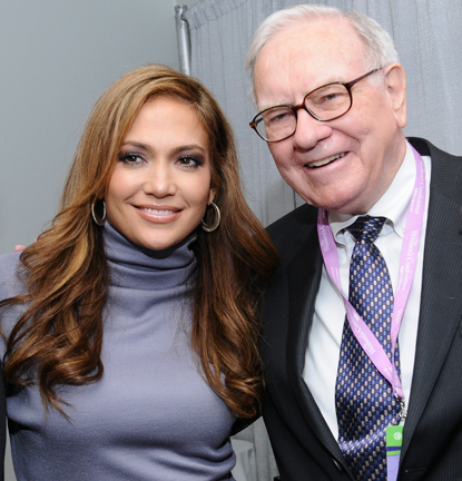 Jennifer Lopez and Warren Buffett at The 2008 Women's Conference in Long Beach, California / Getty Images - Gold Wong