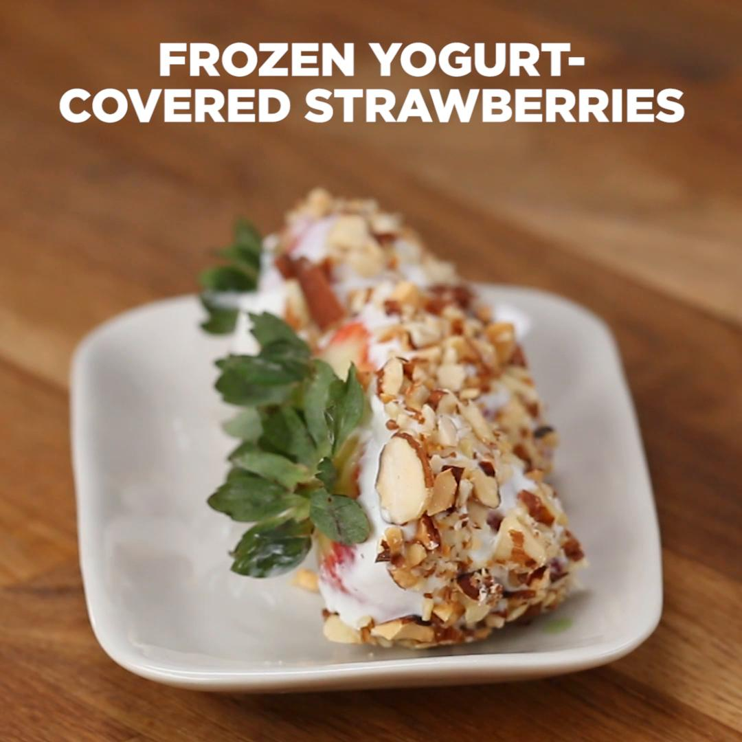 Frozen Yogurt-Covered Strawberries